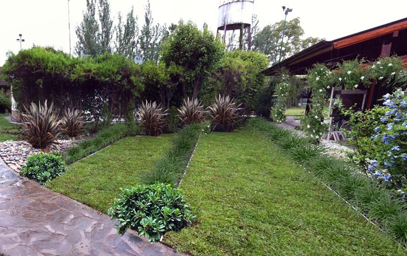 Dise o construcci n jardines y reas verdes for Diseno de jardin grande